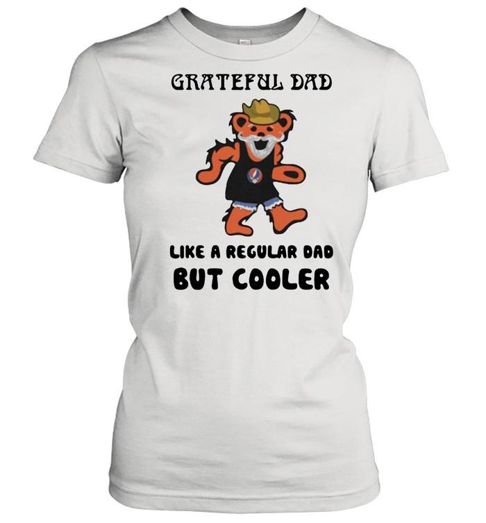 Grateful dad like a regular dad but cooler bear shirt Classic Women's T-shirt